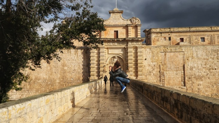 Best tips for the fit weekend break in Malta - have a photoshoot in Mdina