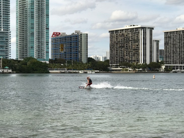 Top 10 unconventional fitness experiences - JetSurf - Stefan