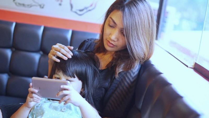 Pentingnya Sentuhan Ibu di Masa Neonatal Bayi