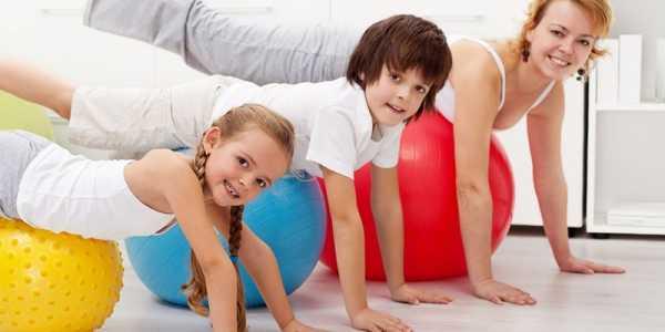 Упражнения при сколиозе и остеохондрозе