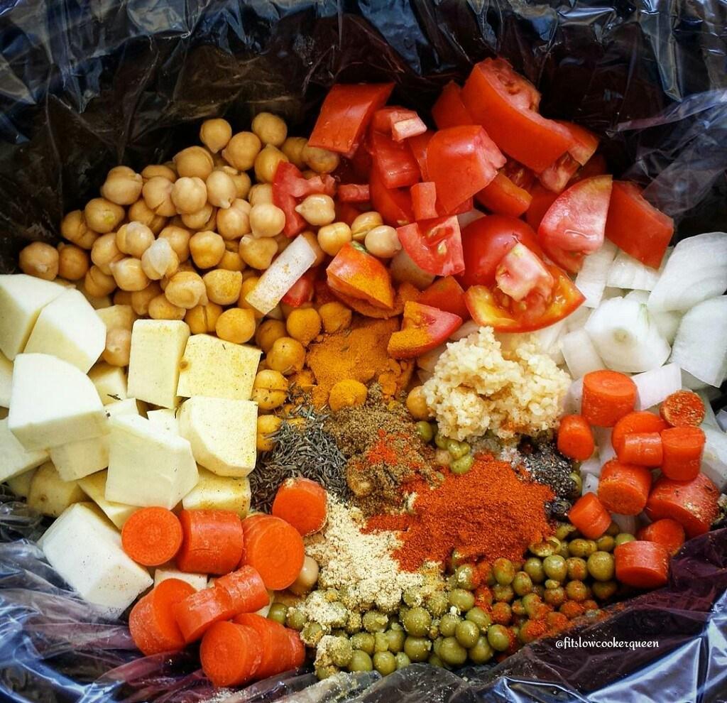 Slow Cooker Vegan Spicy Sweet Potato Curry