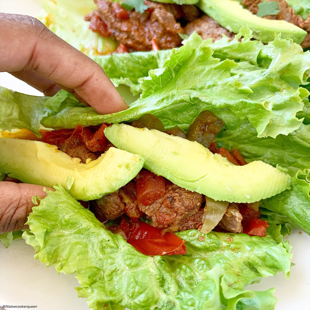 steak fajitas in lettuce wraps