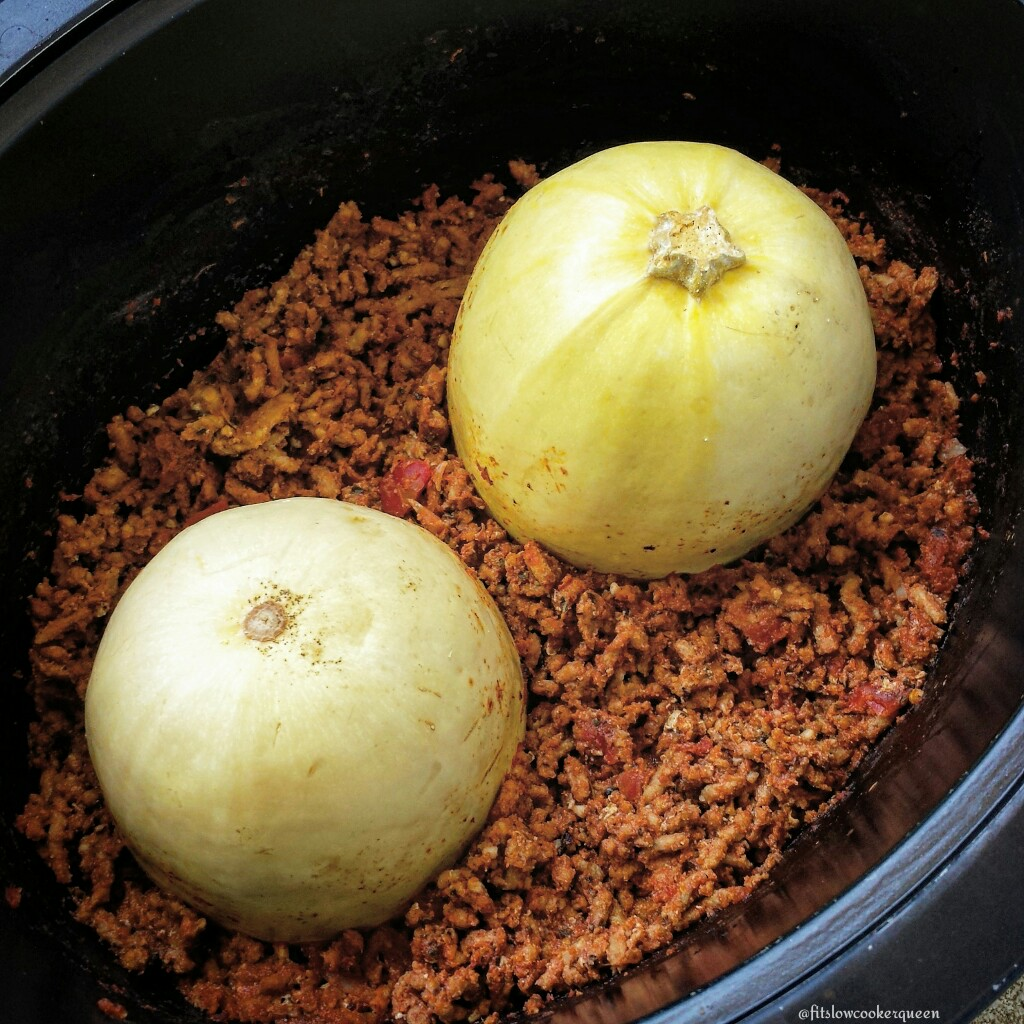 Slow Cooker Spaghetti Squash & Meat Sauce