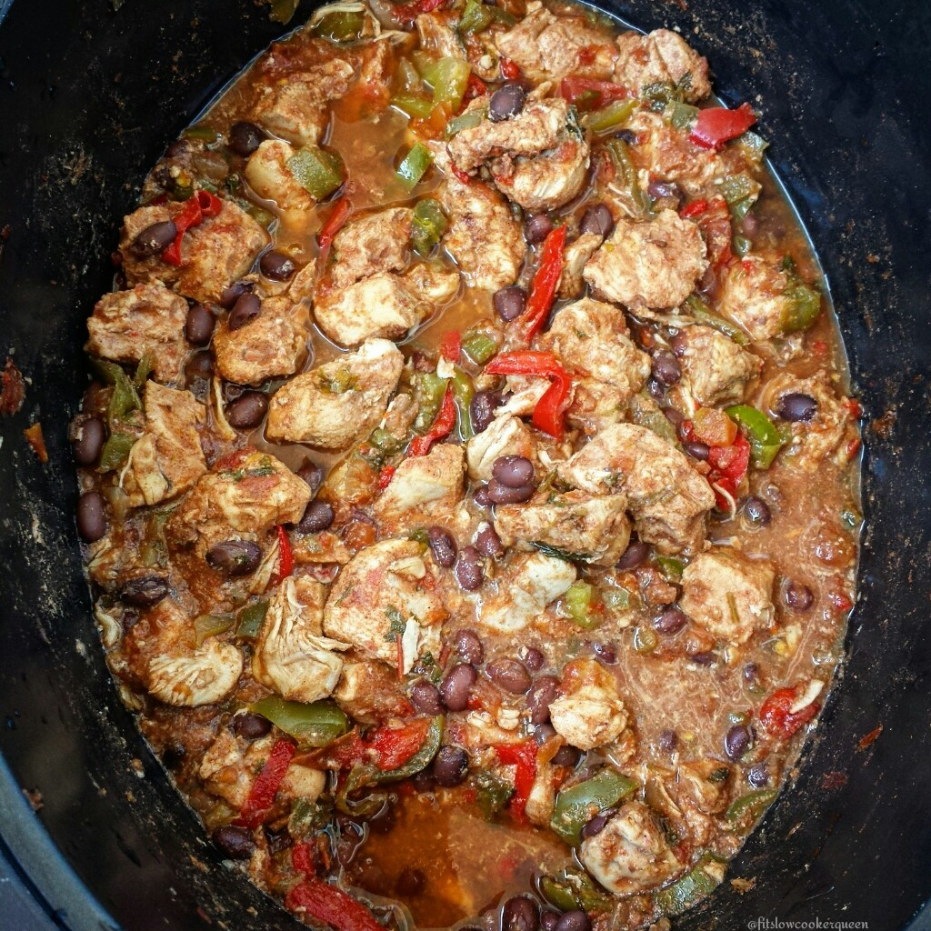 Slow Cooker Spicy Latin Chicken