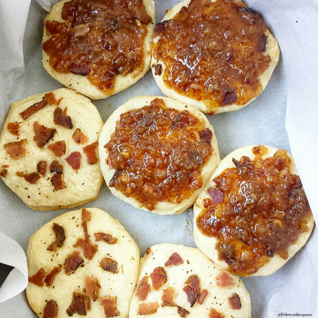 slow cooker bacon jam biscuits 5