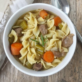 Slow Cooker Beef Noodle Soup
