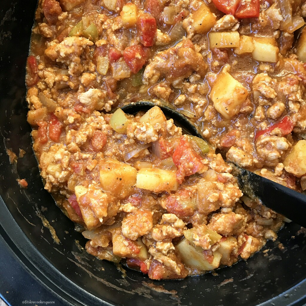 This pumpkin chili is not only hearty but healthy as well being paleo and whole30 compliant. Yay, slow cooker season is officially here!