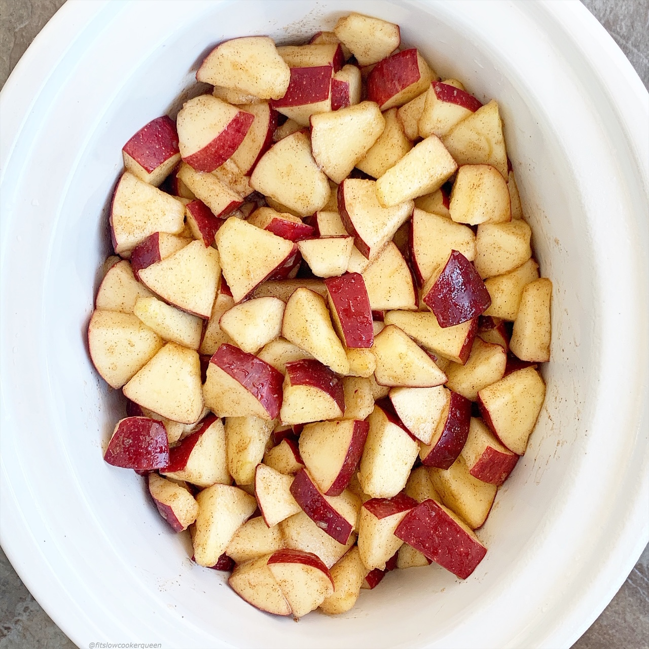 This apple & nut bake is a simple recipe that can be made in your slow cooker or Instant Pot. Jazz up this paleo and vegan apple dessert with your favoriteaccompaniments.
