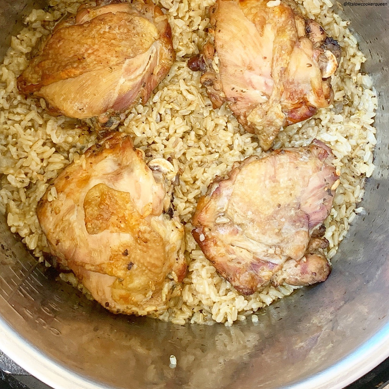 Chicken & rice cooked in one-pot makes takes the fuss out of family dinner. Cook this easy recipe your slow cooker or electric pressure cooker (Instant Pot).