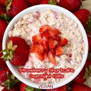 Strawberry Shortcake Overnight Oats (Vegan)