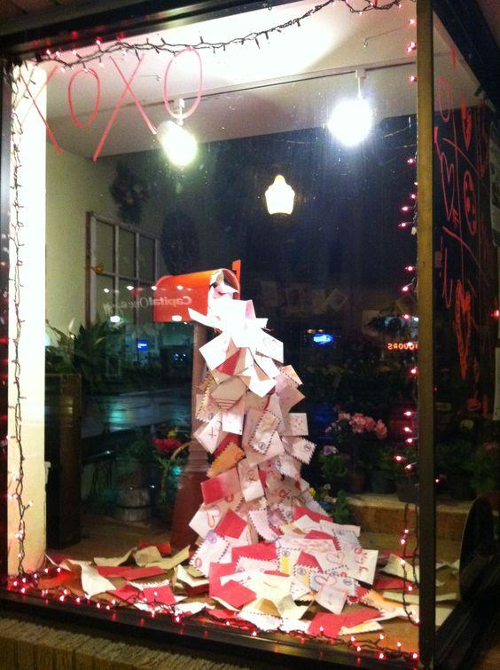 25 Creative Christmas Display Ideas Amp Examples