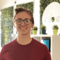 Nikki Bisel, proprietario e fondatore di Seafoam Media