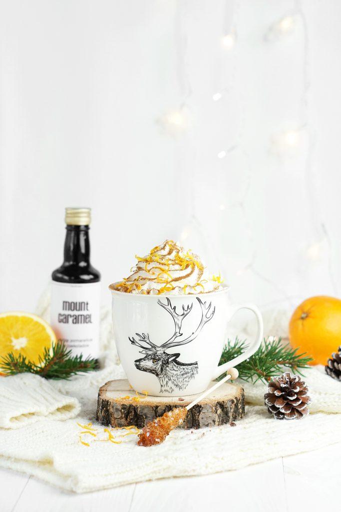 Zimowa kawa czekoladowo-pomarańczowa
