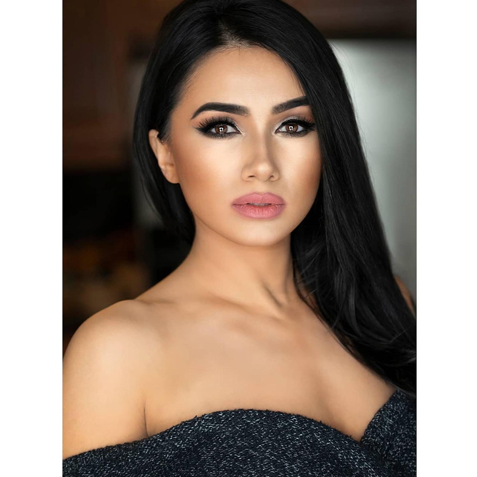 Toronto-Fitness-Model-Agency-Beauty-Portrait-Migena-Skenderaj