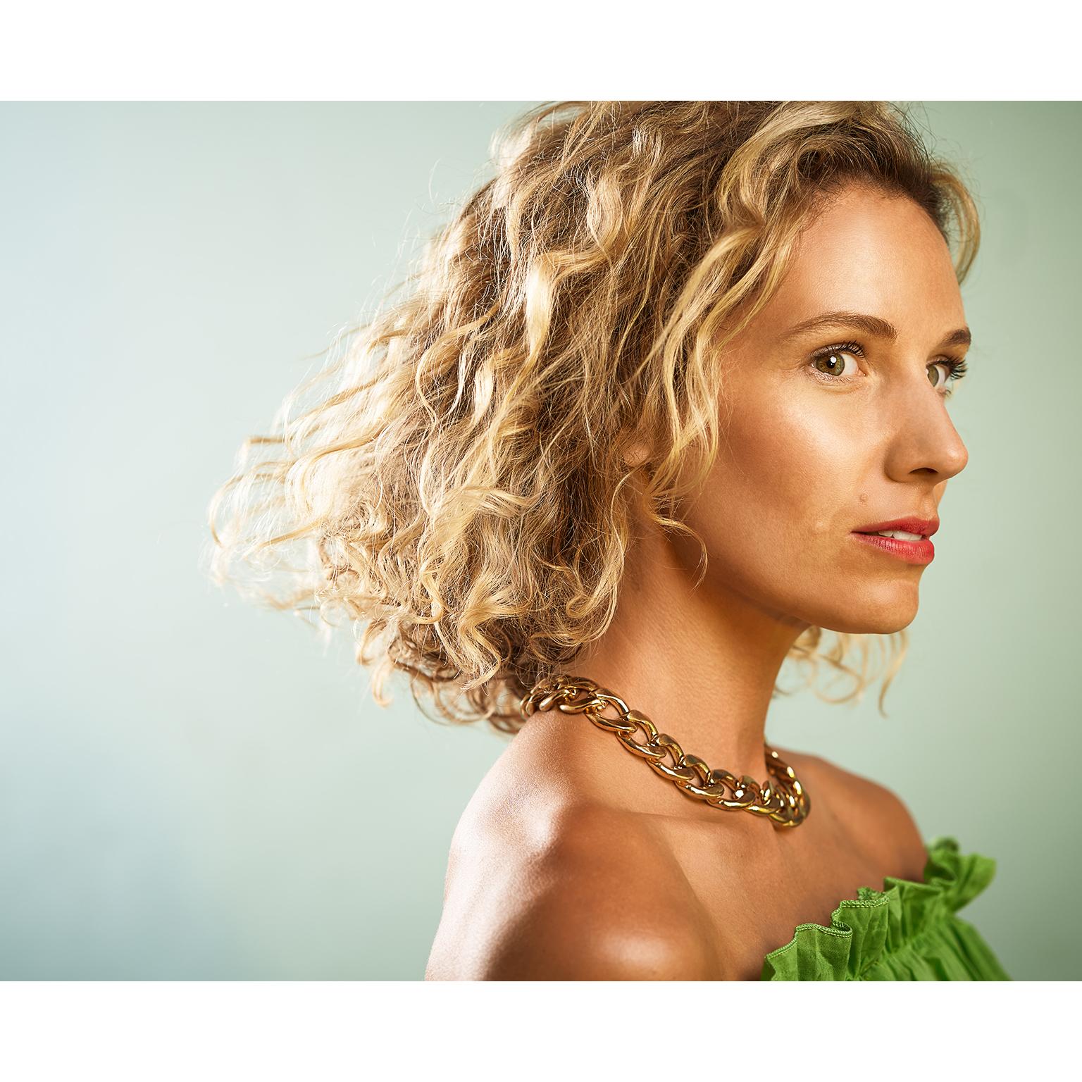 Toronto-Fitness-Model-Agency-Commercial-BEauty-Portrait-Tiffany-Babiak