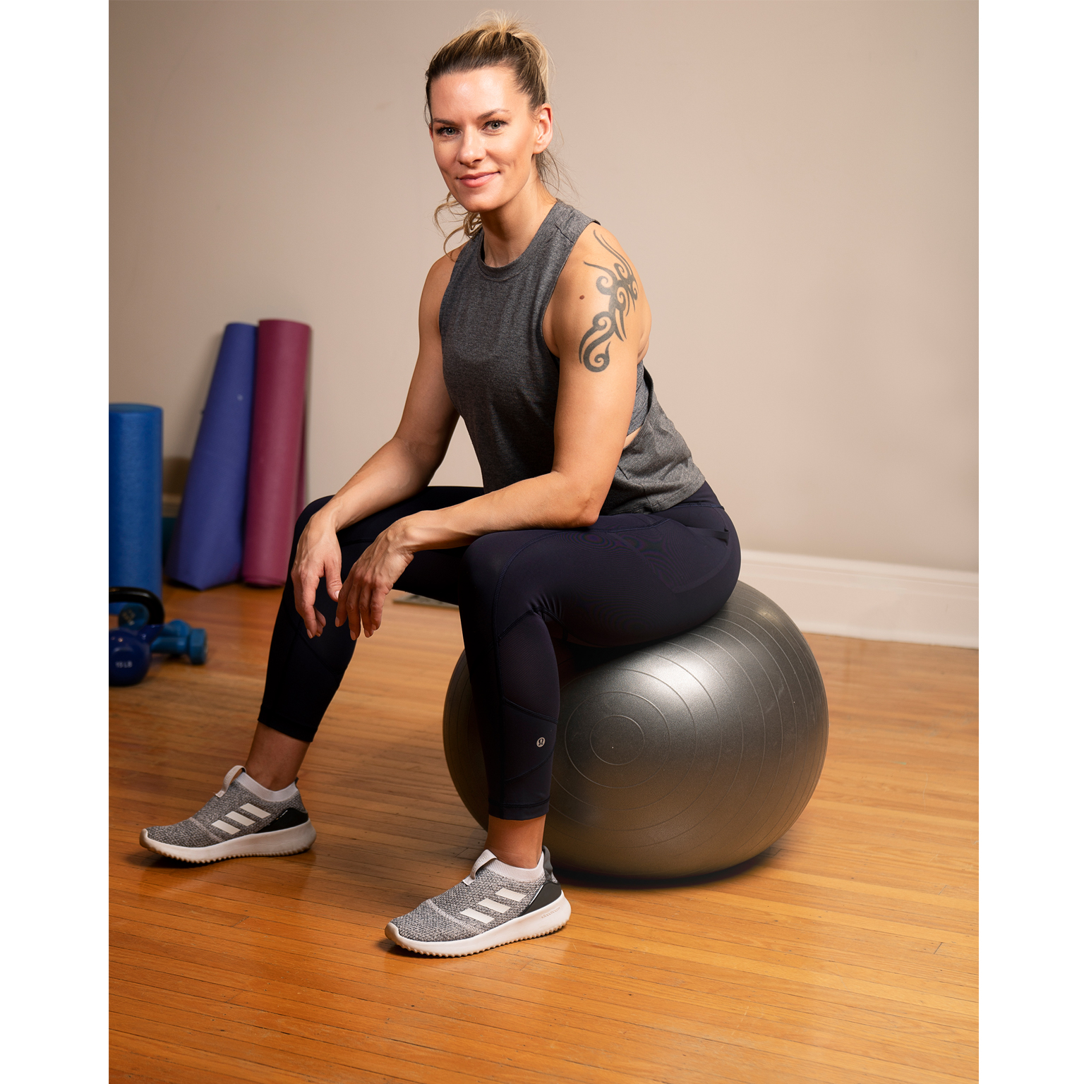 Toronto-Fitness-Model-Agency-Lifestyle-Commercial-Model-Adrienne-Davis