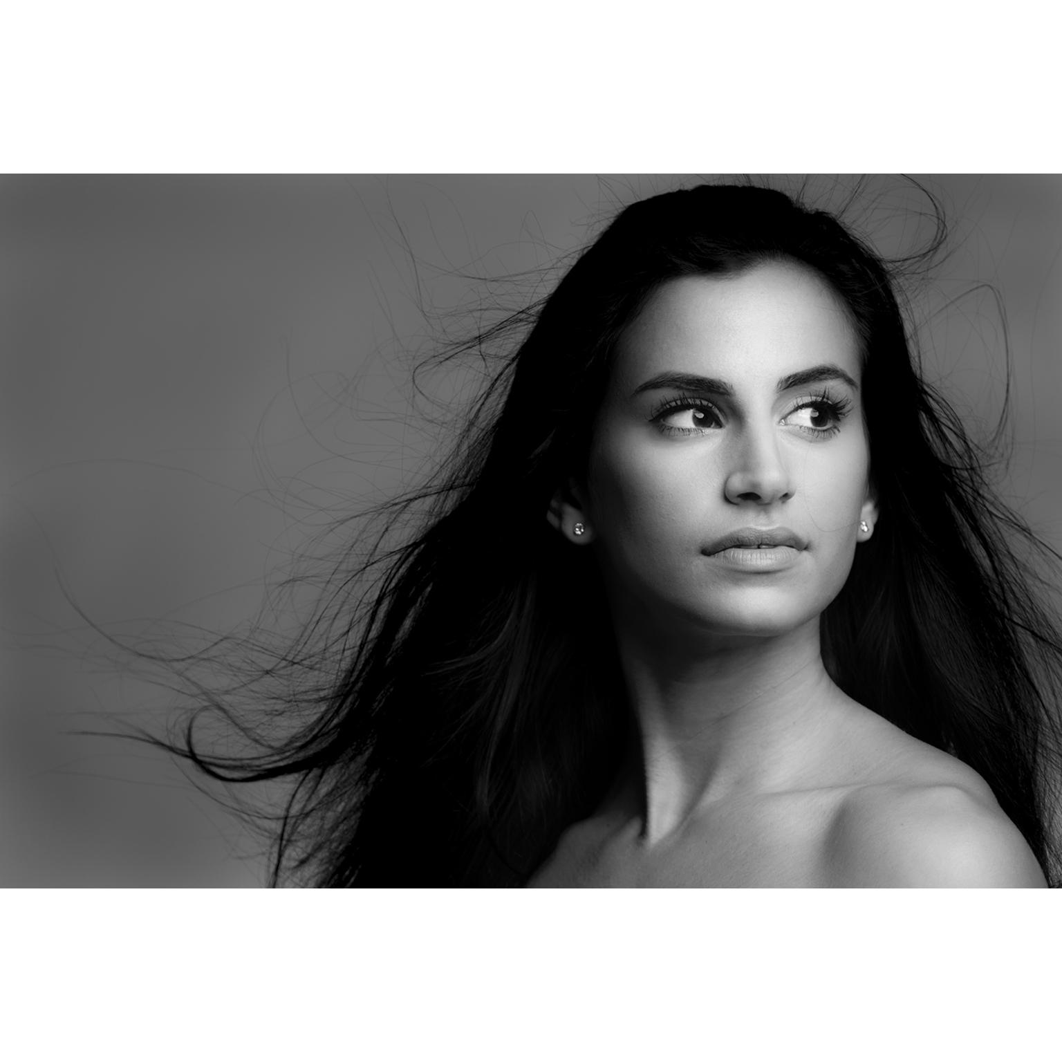 Toronto-Fitness-Model-Agency-Lifestyle-Commercial-Portrait-Elizabeth-Ruffolo