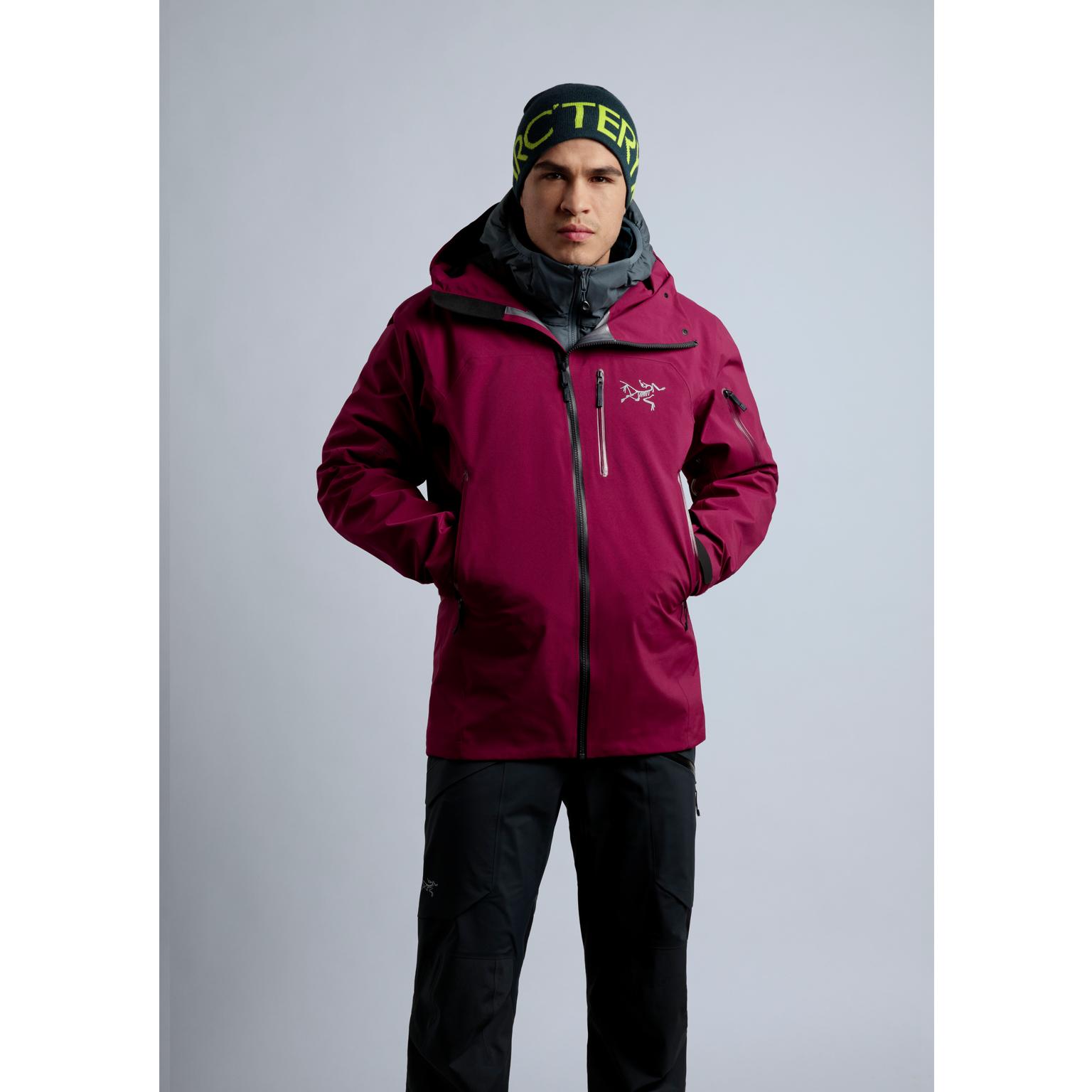 Toronto-Fitness-Model-Agency-Winter-Acrteryx-Commercial-Juan-Osorio