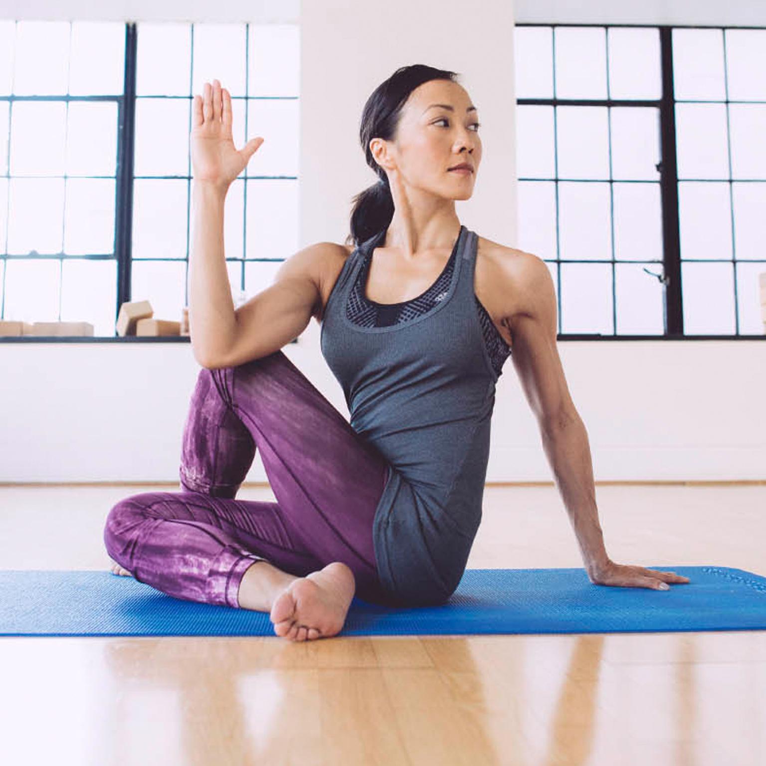 Toronto-Fitness-Model-Agency-Yoga-Sport-Chek-Commercial-Lifestyle-Virginial-Lee