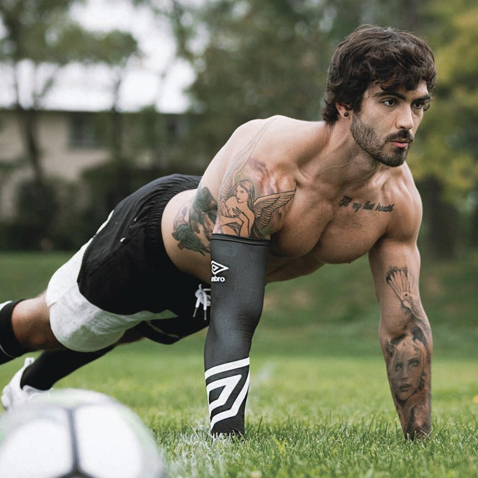 Toronto-Fitness-Model-Agency-Fitness-Casual-Commercial-Rob-Lopez-Athlete-Model