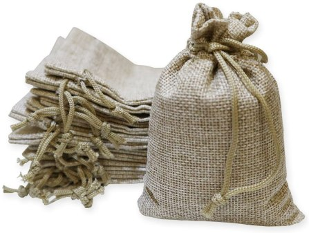 Place your inexpensive gifts for students in these simple burlap bags with some festive ribbon!