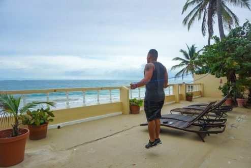 tips to stay in shape while traveling fittwotravel.com
