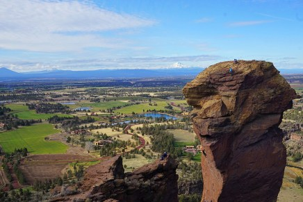 Smith Rock hike Bend FIttwotravel.com11