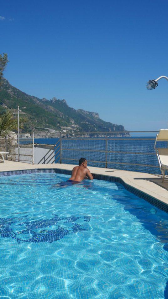 hotel marmorata pool fittwotravel