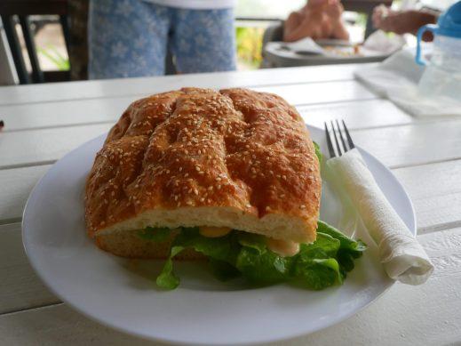 where to eat on rarotonga charlies cafe fittwotravel.com