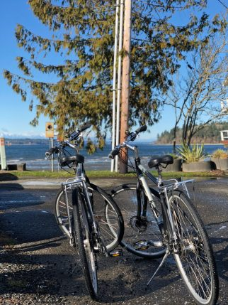 Olympia things to do Beer and bike tour fittwotravel.com