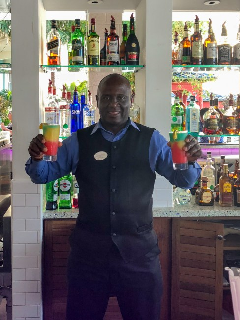 sandals resort bartenders fittwotravel.com