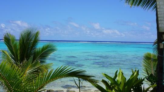 view of the beach charlies cafe rarotonga fittwotravel.com