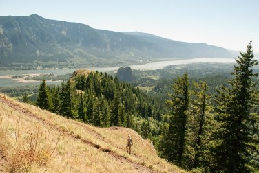 columbia river gorge hikes hamilton mountain washington