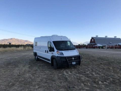 harvest hosts free overnight camping