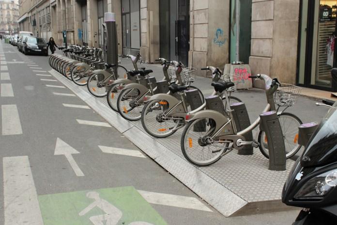 單車位_巴黎