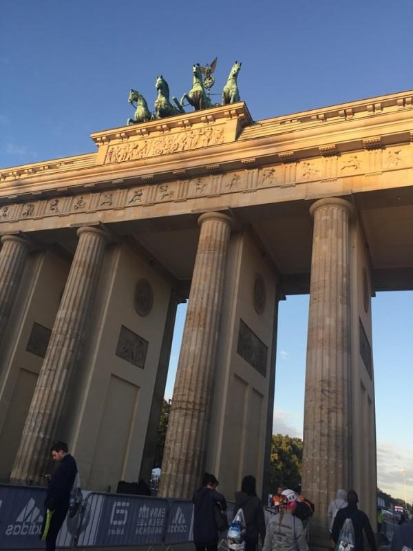 月圓下的柏林馬拉松03