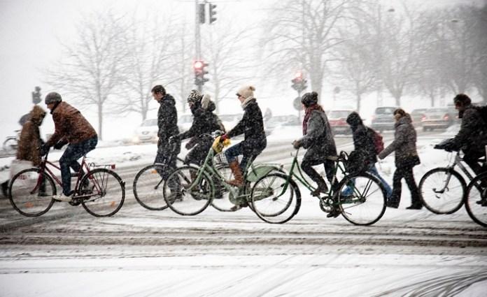 冬天加強膝蓋按摩讓你騎得更快更好