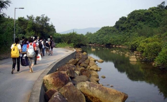 香港郊遊徑好多都唔難行,對體力同裝備嘅要求都唔高。