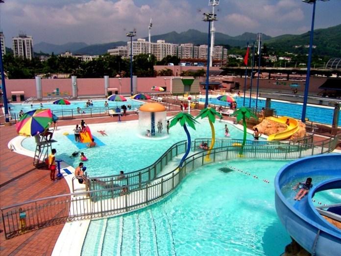 香港嘅游泳設備咁好,游完水沖個涼都好方便。