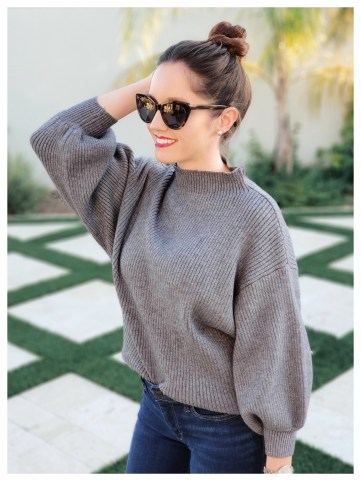 FiveFootFeminine in Line&Dot Adler Sweater