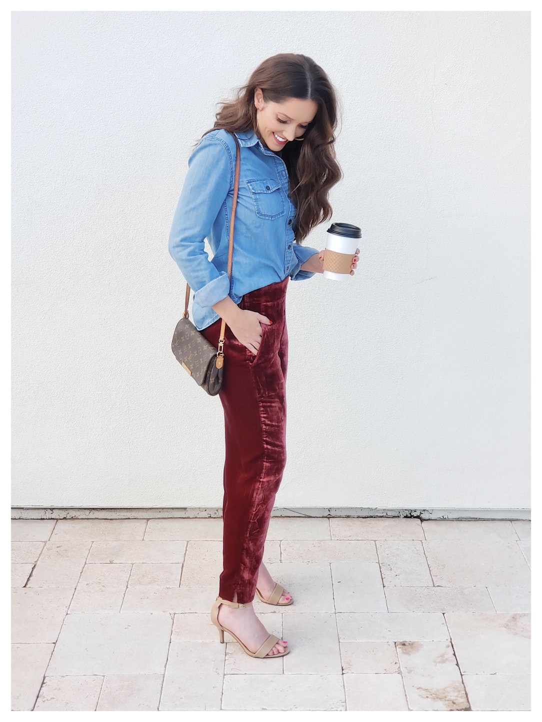 Petite Fashion Blogger in Jcrew Velvet Pant