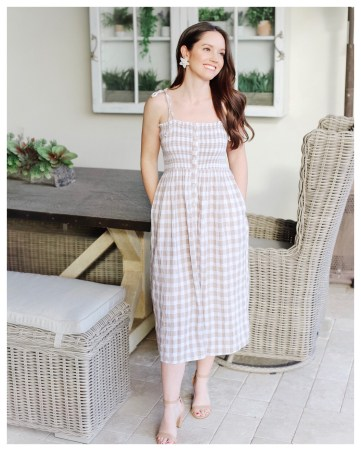 Five Foot Feminine in AERIE SMOCKED BUTTON DOWN DRESS