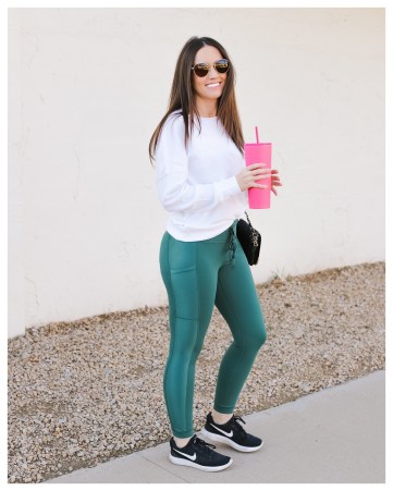 Fabletics on Five Foot Feminine