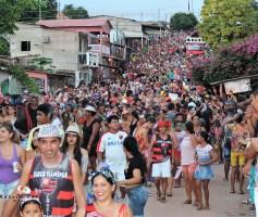 CARNAPAUXIS É A FESTA DA COMODIDADE DAS BANDAS?