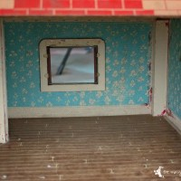 Vintage Doll House Makeover: Part I
