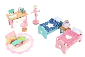 DaisyLane Le Toy Van dollhouse bedroom furniture | Five Marigolds