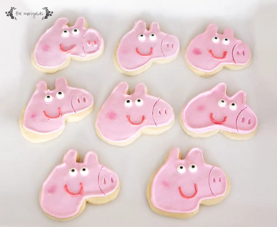 DIY Peppa Pig Custom Cookie Cutter Tutoral $1 | Five Marigolds