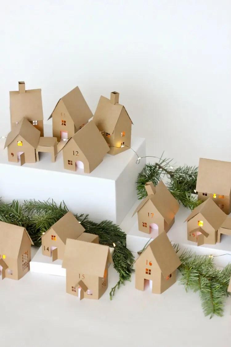 Round-up of 15 Inspiring DIY Advent Calendars | Five Marigolds