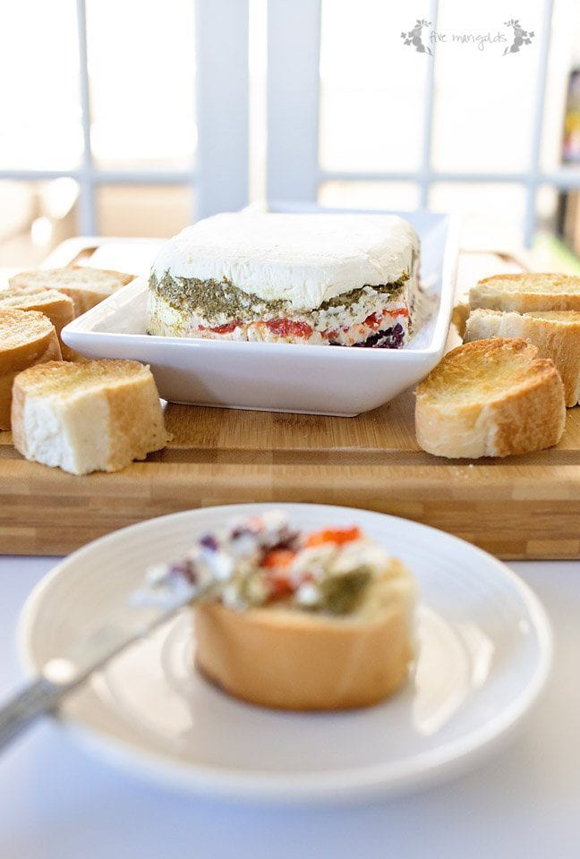 Pesto, Olive and Roasted Red Pepper Cheese Torta #ad # #LeakProofStorage