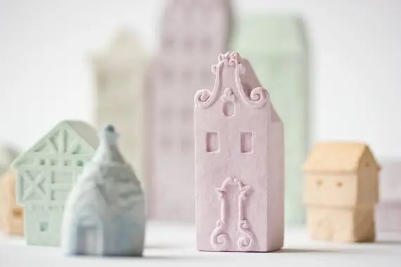 Trash to Treasure: Thrifted Ceramic Christmas House Turned Night Light for a Girl's Room | Five Marigolds